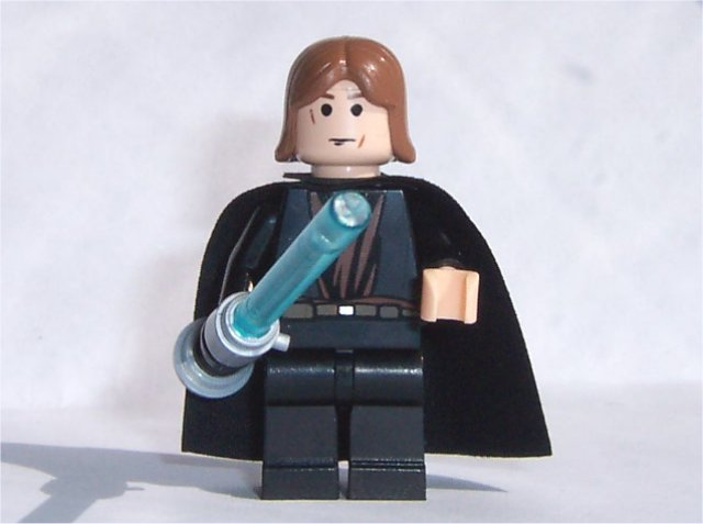 Anakin Skywalker (Jedi Knight, Light-up Lightsaber)