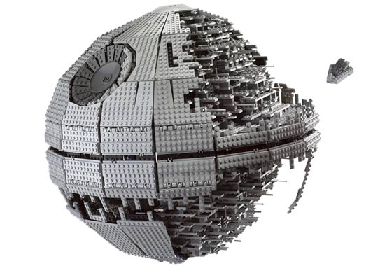 Lego 10143 Death Star II Ultimate Collectors Series - Alternate View 3