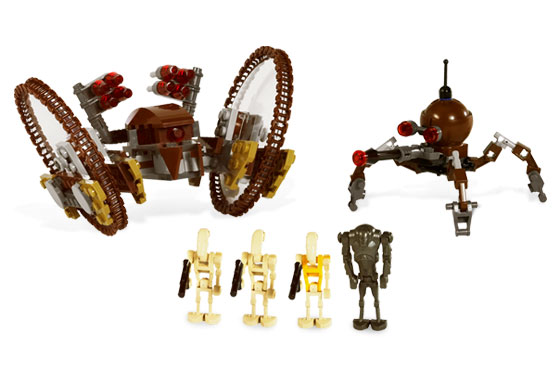 Lego 7670 Hailfire Droid and Spider Droid